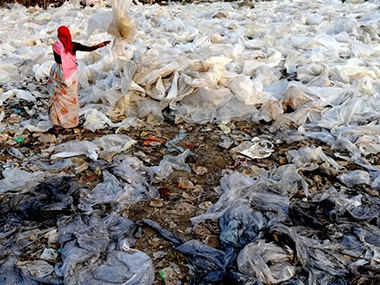 Maharashtra's plastic ban a 'bold initiative' that needs phase-wise implementation, subsidised alternatives for success