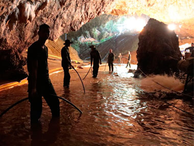 Thailand cave rescue: Navy SEALS chief says they 'worked till they forgot the time' to save 12 trapped schoolboys