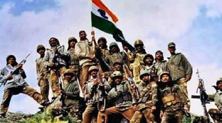On 19th anniversary of Kargil War, nation pays homage to fallen heroes