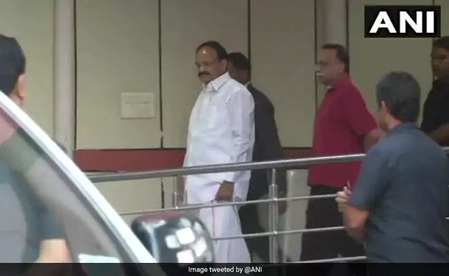 Venkaiah Naidu Visits AIIMS, Enquires About Atal Bihari Vajpayee's Health