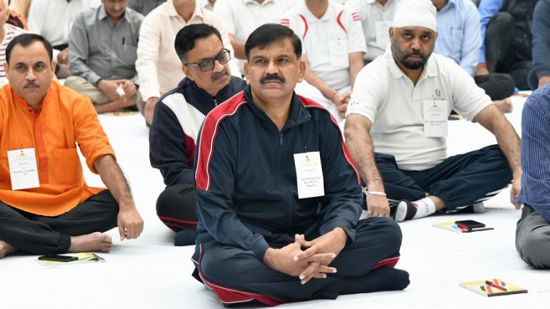 CBI learns Art of Living while its officers indulge in art of fighting