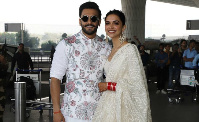 Shading Coordinated Again, Deepika Padukone And Ranveer Singh Fly To Bengaluru