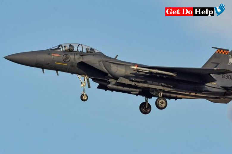 Singapore fighter jets escort Scoot plane after bomb hoax