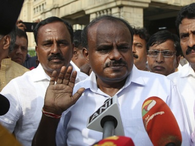 Kumaraswamy has failed first test as CM by letting fringe Kannada groups hold Rajinikanth's Kaala to ransom