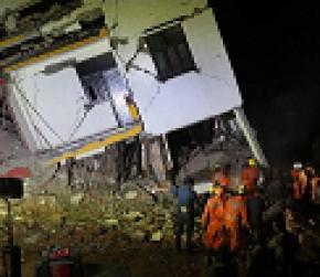 Building collapse in Noida, Parliament monsoon session to begin shortly