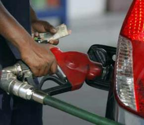 Rs 4 per litre rise in petrol, diesel prices in offing; fuel rates to return to pre-Karnataka poll hiatus margin levels