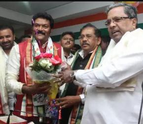 Karnataka: 2 missing MLAs keep Congress, JD(S) on edge