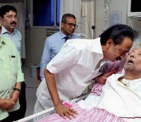 DMK chief's condition declines, followers throng hospital