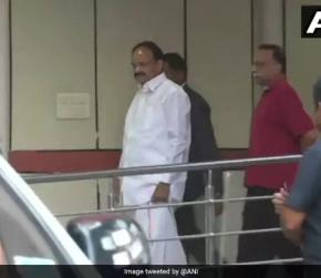 Venkaiah Naidu Visits AIIMS, Enquires About Atal Bihari Vajpayee's Health