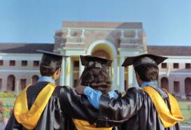 How to choose the best graduation college in India